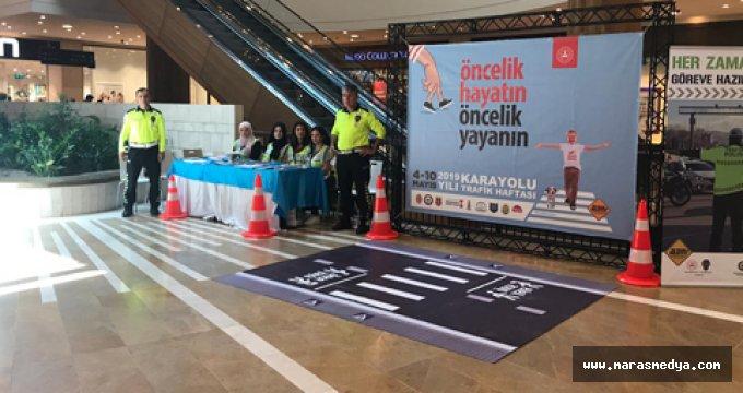 """""""TRAFİK HAFTASI"""" PİAZZA'DA KUTLANIYOR"""