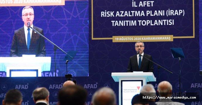 """BAŞKAN GÜNGÖR: """"AFETİ ENGELLEYEMEYİZ"""""""