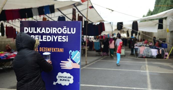 PAZAR YERLERİNE DEZENFEKTE STANTLARI