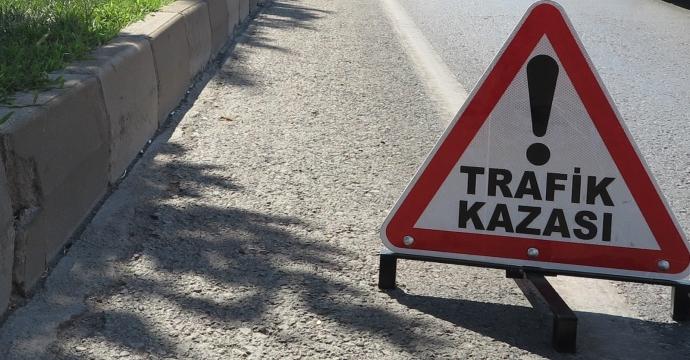MARAŞ'TA TRAFİK KAZASI: 1 ÖLÜ MARAŞ'TA TRAFİK KAZASI: 1 ÖLÜ
